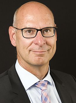 Dr. Thomas Dehlfing